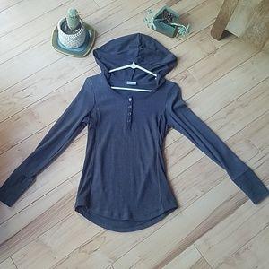 Columbia long sleeve hooded top